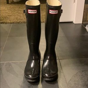 Hunter tall boots - black size 7